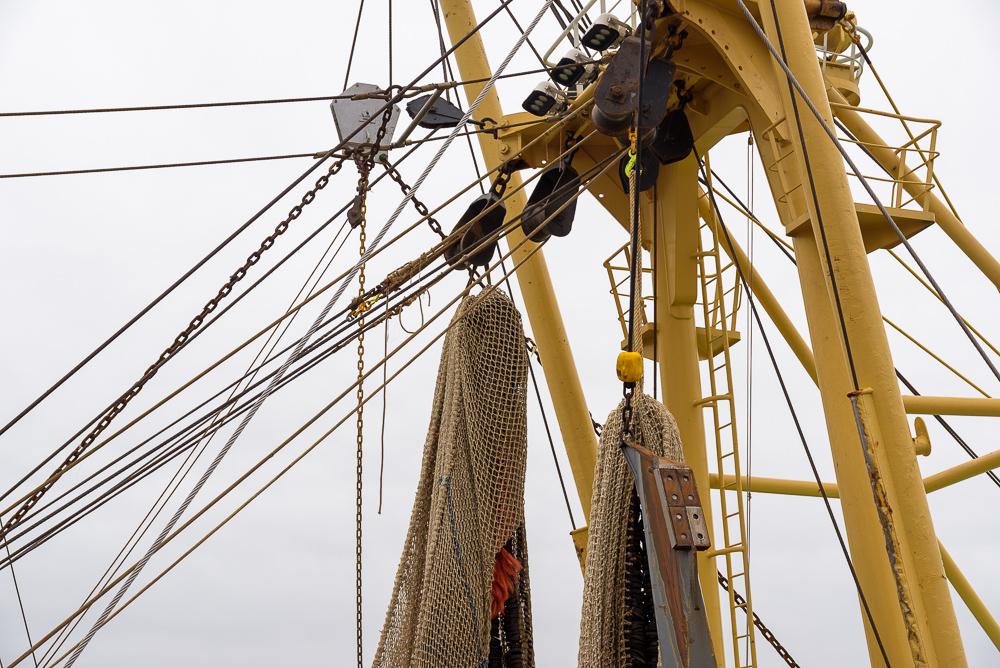 TX 36 kabels en katrollen aan de mast