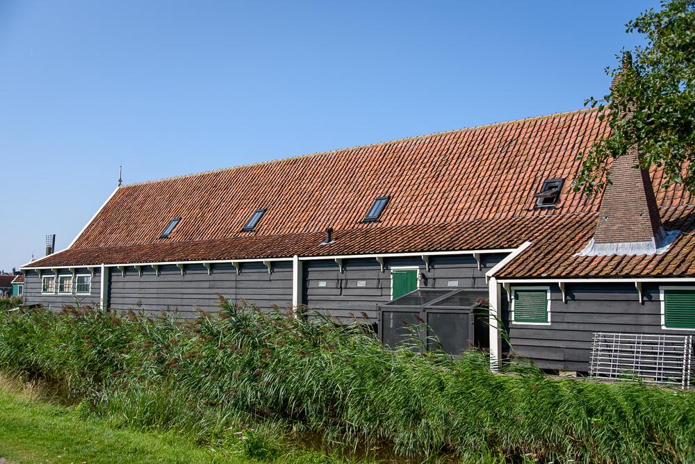 Pakhuis De Saense Lelie voormalige graanschuur uit de 18e eeuw